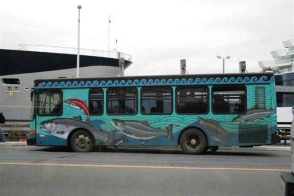 Now, thats a nice bus!!