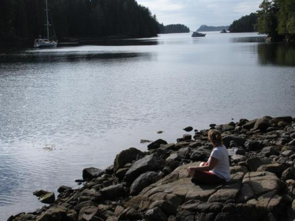 Waiting for the tide to come up,dinghy is behind me....