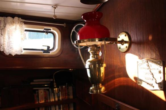 Oil lamp.