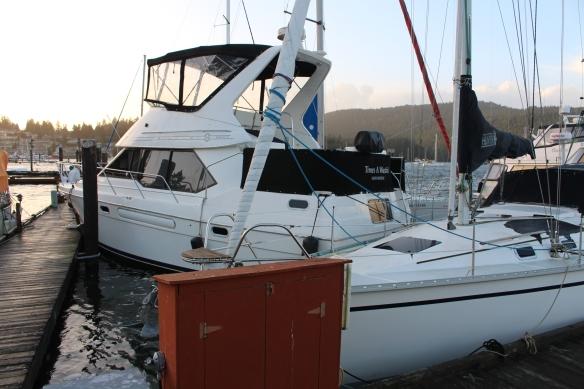 broken-docks-and-christmas-039